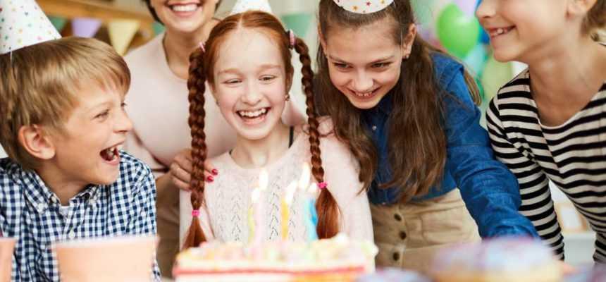 Kidy Party animation anniversaire à domicile enfant à table 2